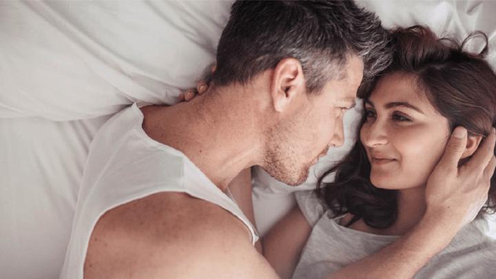 I capelli influiscono sull'attrazione di coppia?