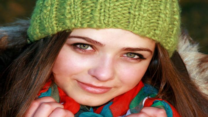 Pelle arrossata: l'effetto decongestionante del prezzemolo