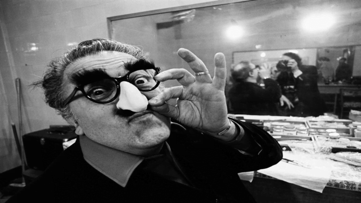 Federico Fellini visto attraverso lo sguardo del fotografo Vittoriano Rastelli