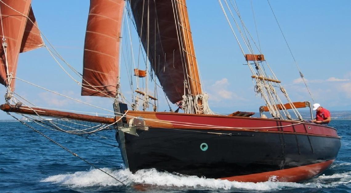 Presentato a Genova il calendario Regate vele d'epoca 2019