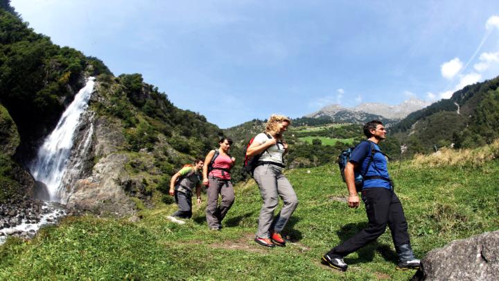Sulle tracce dell'acqua: escursioni a laghi rogge e cascate in Alto Adige