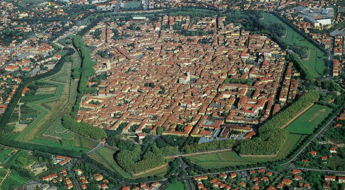 Lucca tra le mura antiche